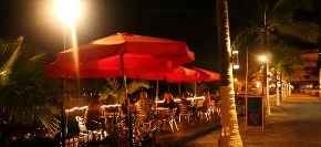 Wine_And_Burger_Bar_And_Grill_Restaurant_Nuevo_Vallarta